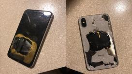 अपडेट करताना फुटला iPhone X, पाहा PHOTOS