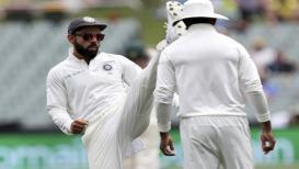 India vs Australia- अन् अचानक विराट कोहली मैदानातच नाचायला लागला