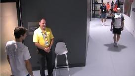 VIDEO : ओळखपत्र मागणाऱ्या सुरक्षा कर्मचाऱ्याचा रॉजर फेडररने केला असा सन्मान