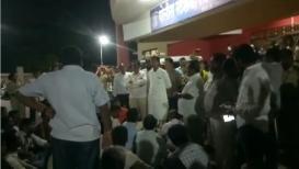भाजप आणि काँग्रेस कार्यकर्त्यांमध्ये तुफान राडा, पोलिसांकडून जमावबंदीचे आदेश