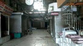 Pulwama : व्यापाऱ्यांनी स्वयंस्फूर्तिनं बंद ठेवलं देशातलं सर्वात मोठा कपडा मार्केट