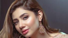 पाकिस्तानातील या फेमस कलाकारांना आता बॉलिवूडमध्ये नो 'एन्ट्री'