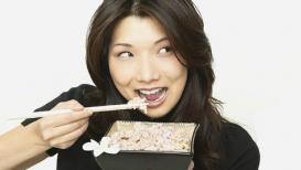 रोज पांढरा भात खात असाल तर 'या' गोष्टींकडे लक्ष द्या
