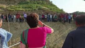 प्रियांका गांधींनी केलं फ्लाईंग किस, VIDEO VIRAL