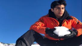 शाहरुख खानच्या मुलाचे फोटो झाले व्हायरल, फॅन म्हणतात सर्वांवर भारी पडणार हा 'हीरो'