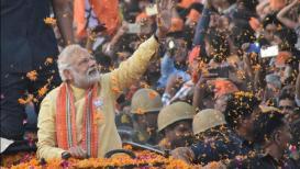 पंतप्रधान नरेंद्र मोदी आज वाराणसीत, रोड शोद्वारे करणार जोरदार शक्तीप्रदर्शन
