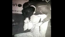 VIDEO : चोर मचाये शोर, पोत्यात भरली चक्क बूट आणि चपला!