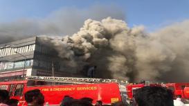 VIDEO: सुरतमधील भीषण आग प्रकरण, 3 जणांविरोधात गुन्हा दाखल