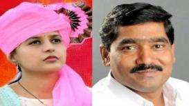 बीड लोकसभा निवडणूक 2019 LIVE: गोपीनाथ मुंडे यांची कन्या आघाडीवर