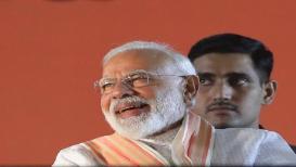 'मी पंतप्रधान नरेंद्र मोदींना तर १० हातांनीही मतदान करेन', VIRAL VIDEO