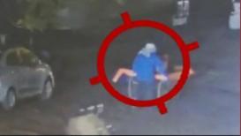VIDEO: धक्कादायक! हातगाडीवरून नेले बॉम्ब? पाहा CCTV फुटेज
