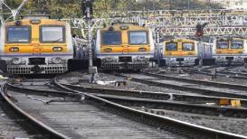 रेल्वेच्या तिन्ही मार्गांवर रविवारी मेगाब्लॉक, इतर महत्त्वाच्या 18 बातम्या