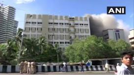 मुंबई: MTNLच्या इमारतीला भीषण आग, 100 जण अडकल्याची शक्यता!