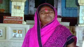 पिके जाळताहेत.. पतीच्या डोक्यावर कर्जाचा डोंगर, महिला शेतकऱ्याची आत्महत्या