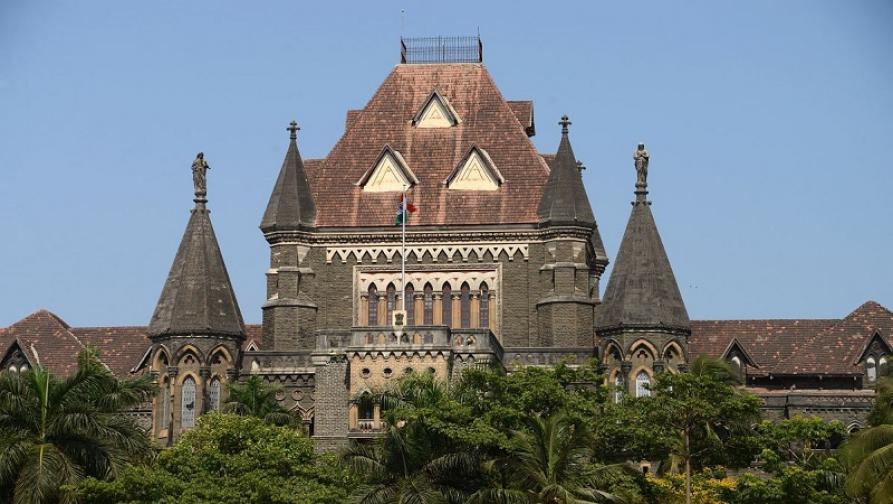 .. आणि पहाटे साडे तीन पर्यंत सुरू राहिले मुंबई हायकोर्ट